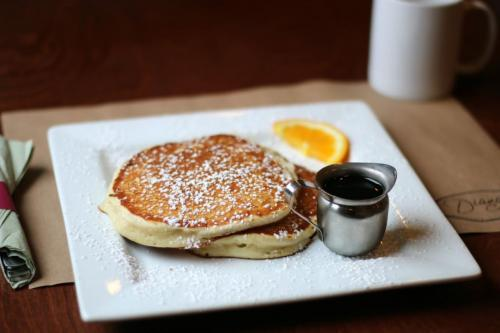 Pancakes with Pure Maple Syrup