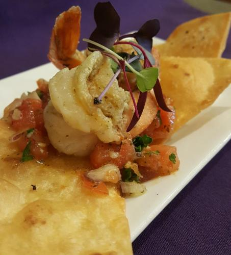 Tostada Baja Shrimp